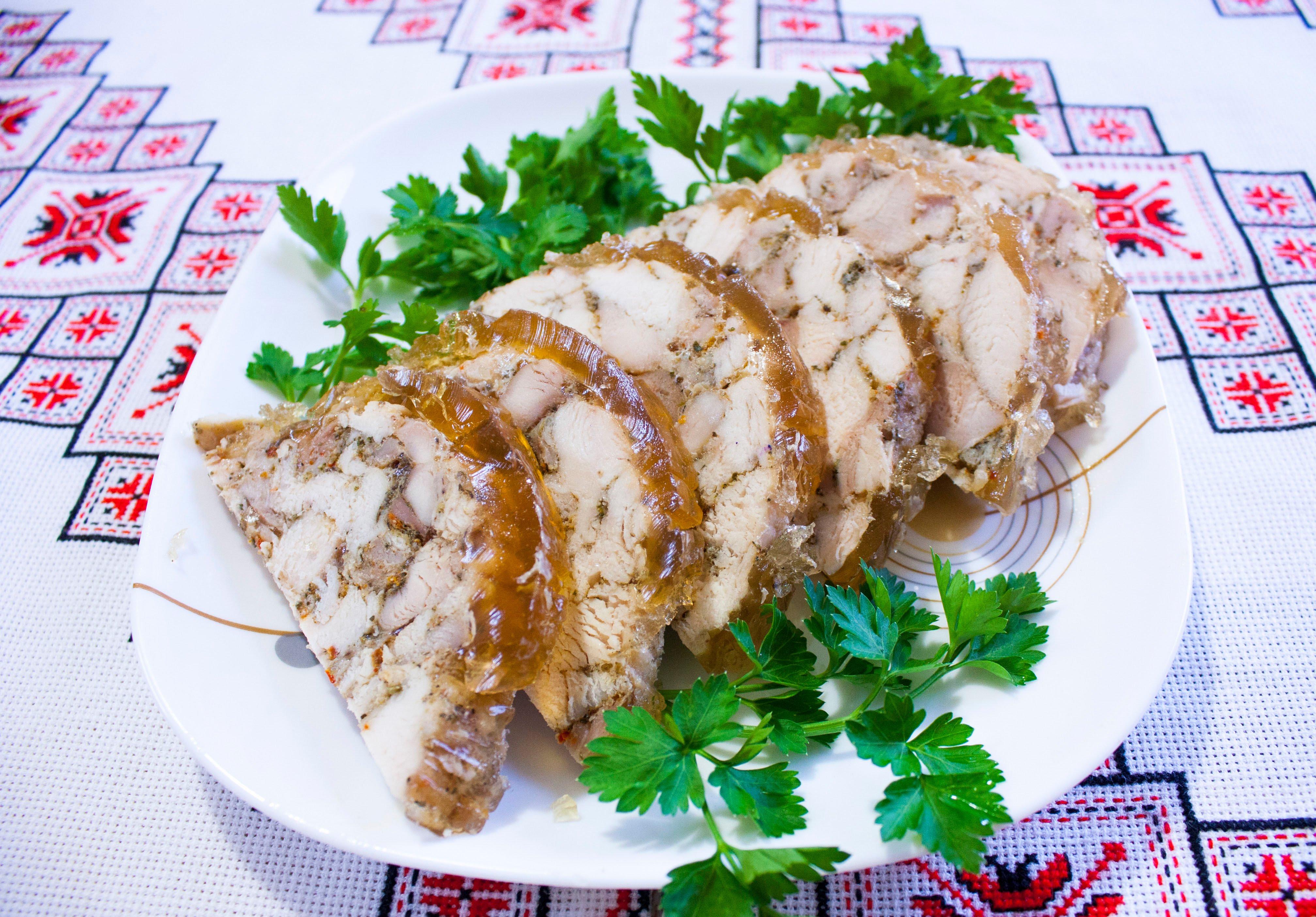 Ветчина из курицы и свинины в домашних условиях