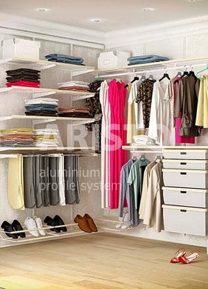 Aristo - гардеробные системы и раздвижные двери.