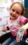 мехенди, рисунок на руке хной, временная тату девочке