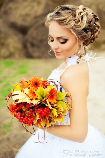 прически и букеты на свадьбу