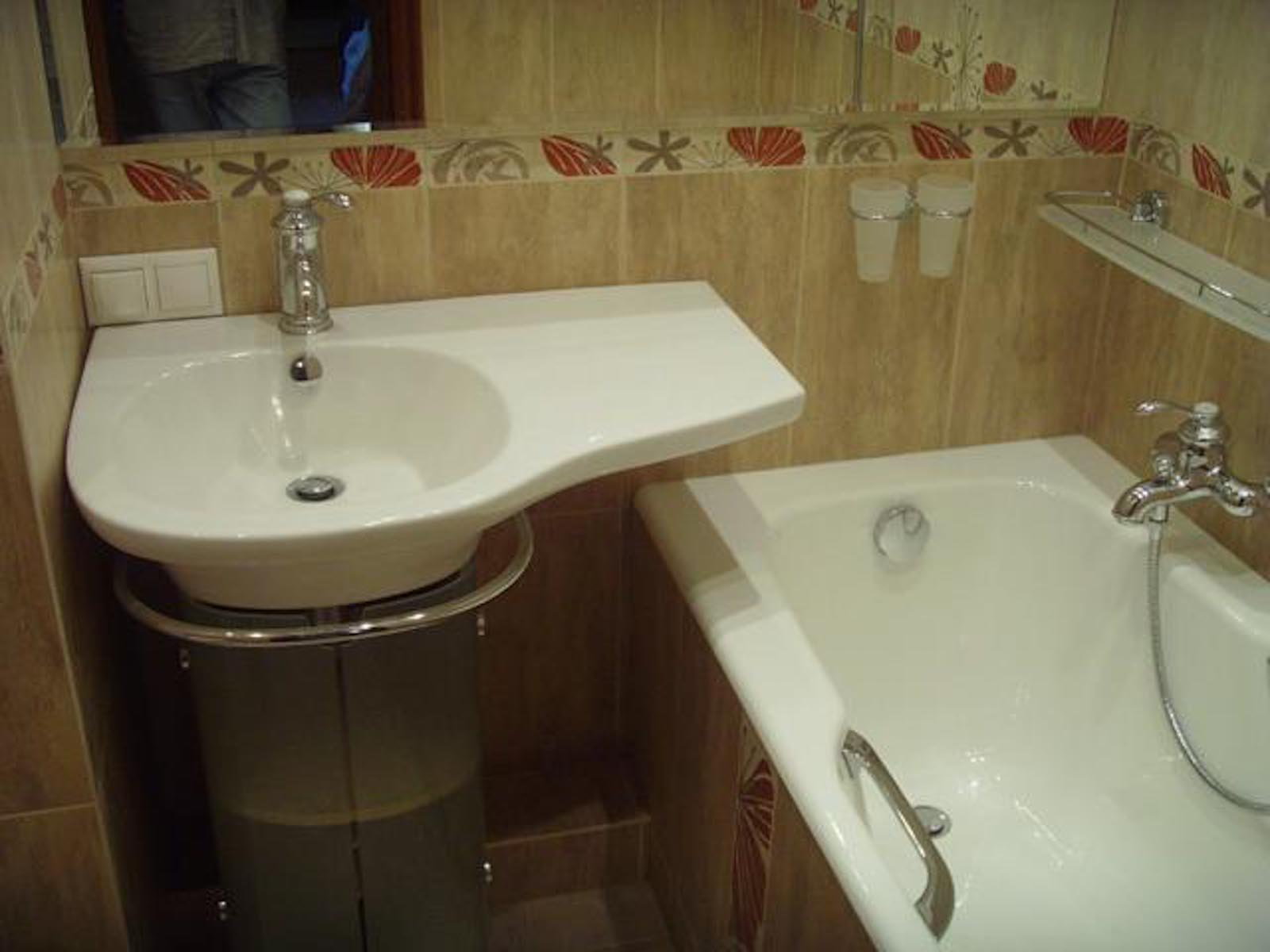 Плиточник + сантехник. ремонт ванной и туалета под ключ.