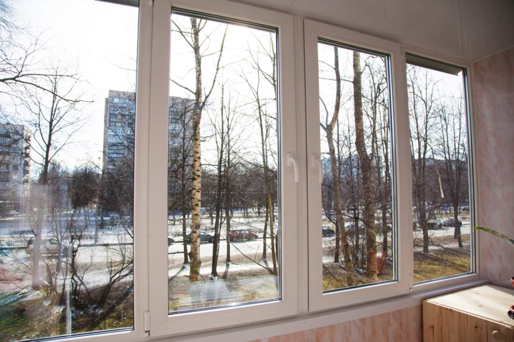 4 окна на лоджию.