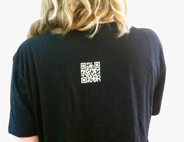 QR-код на футболке