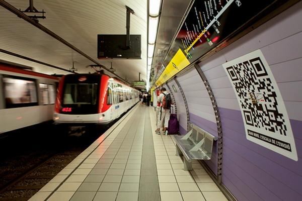 Размещение QR-кодов в тоннелях метро
