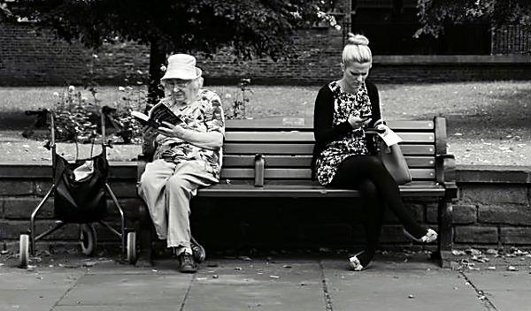 Зомбификация или Почему мы не отрываемся от телефонов