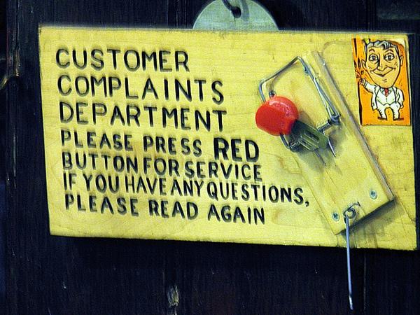 Иллюстрация к статье: Как должна общаться техподдержка с клиентами? Советы LPgenerator