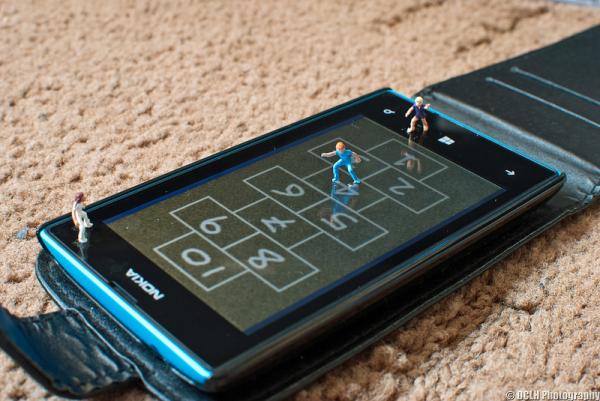 Иллюстрация к статье: Что такое мобильные лендинги и для чего они нужны