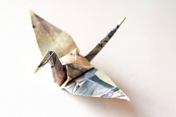 Иллюстрация к статье: Гедонистическая адаптация: Почему деньги не делают вас счастливее?