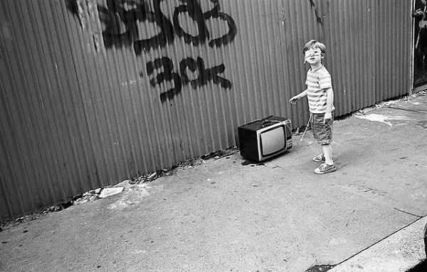 Иллюстрация к статье: Как ТВ (и видео) влияют на поисковое поведение пользователей?