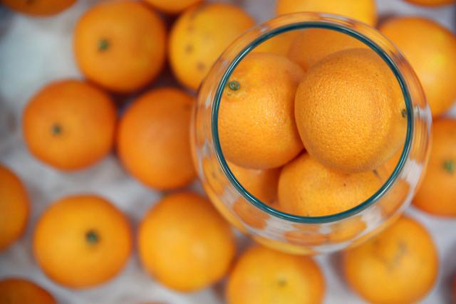 Почему нельзя провезти апельсин через границу США?