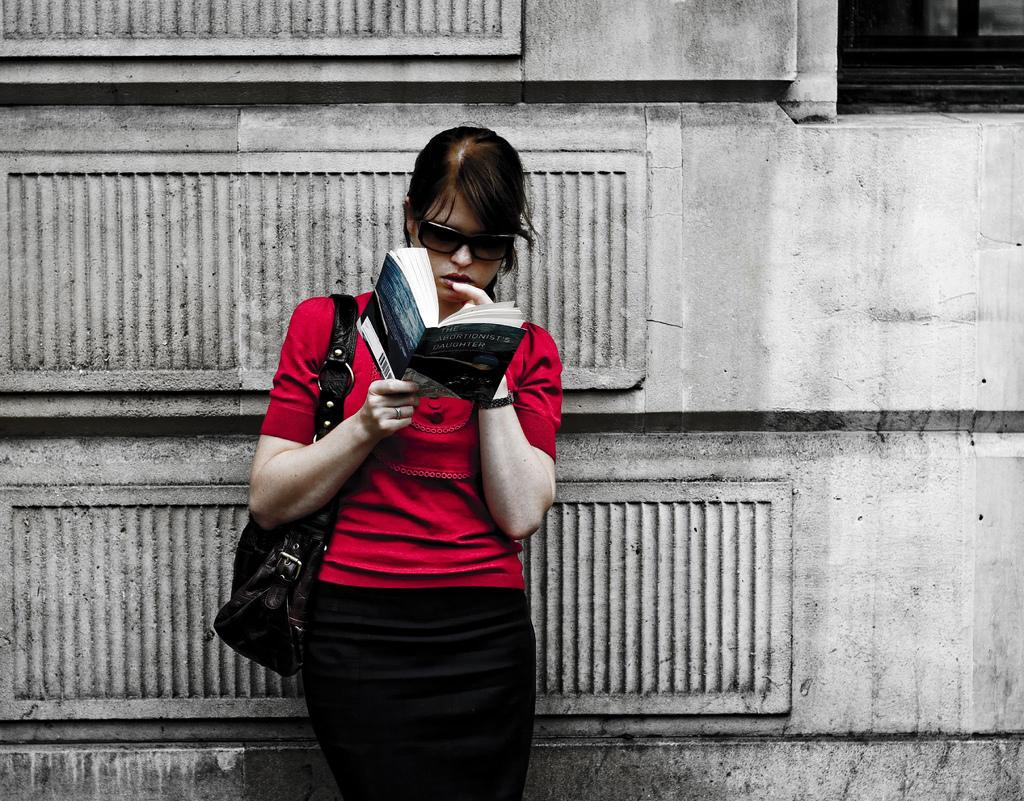 Иллюстрация к статье: Как мотивировать людей прочитать ваш пост целиком?