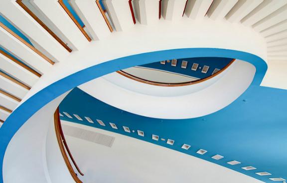 Иллюстрация к статье: Оптимизация визуального дизайна согласно гештальт-принципам непрерывности и синхронности (Часть 2)