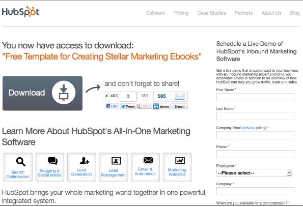 Очень заметная кнопка на странице загрузки бесплатного шаблона для создания маркетинговых e-books