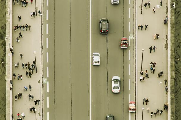 Иллюстрация к статье: Как оптимизировать лендинг, если для тестирования недостаточно трафика?
