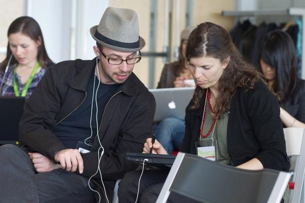 Иллюстрация к статье: Онлайн-маркетинг для начинающих: учитесь у коллег, пользуйтесь советами сообщества