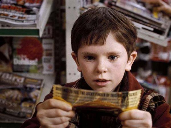 Чарли Бакет находит свой Золотой билет