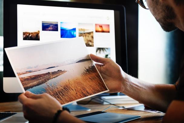Иллюстрация к статье: Большие скидки на авторские изображения — три по цене одного!