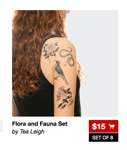 Нажатие на эту красную кнопку добавит эти татуировки в корзину покупателя, а его самого оставит на той же странице