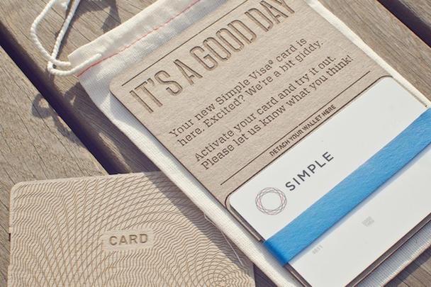 Пример сувенира, отправляемого Simple своим клиентам после регистрации.