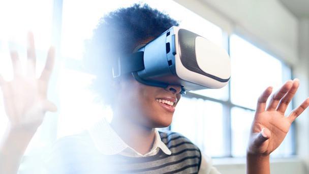 Иллюстрация к статье: Как применить VR в маркетинге в 2018: 5 вдохновляющих примеров