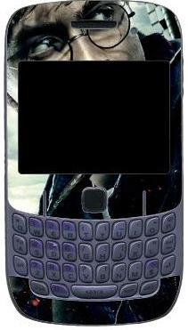 Рисунок 4: эстетика как способ самовыражения — наклейка на корпус смартфона Blackberry с изображением Гарри Поттера.