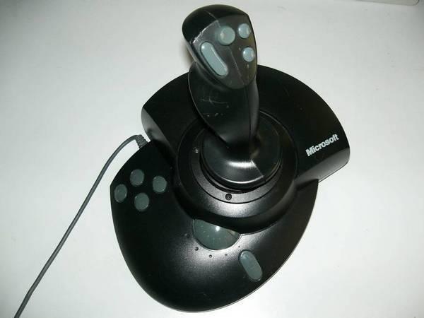 видеоигры могут эффективно использовать силовую обратную связь, чтобы обеспечить пользователю полный эффект присутствия в игровой реальности