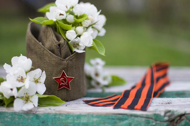Расписание работы технической поддержки LPgenerator в День Победы - 9 мая