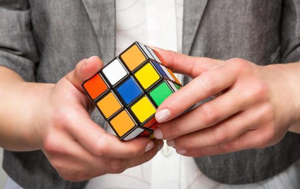Иллюстрация к статье: 8 советов для продаж сложного продукта в B2B-тематике