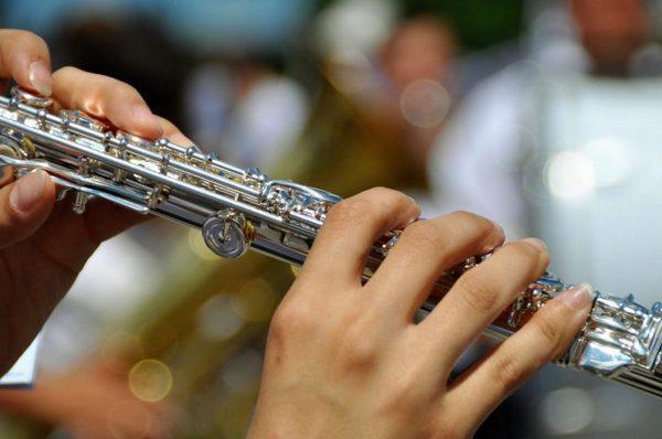 Слепые прослушивания уменьшили предубеждения при принятии музыкантов в оркестр