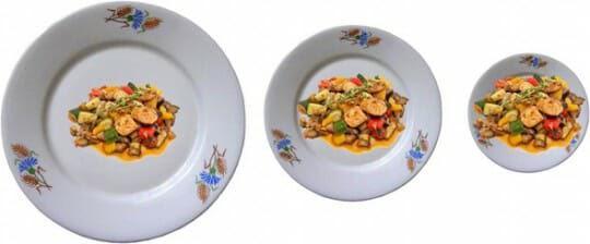 Если взять тарелку большого размера, то порция кажется небольшой, а если тот же объем еды поместить на маленькую тарелку, то кажется, что порция большая.