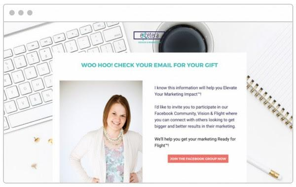 «Хей! Проверь свою почту: там кое-что интересное для тебя! Я знаю, эта информация поднимет твой маркетинг на новый уровень.Также хочу пригласить тебя в сообщество на Facebook, где ты можешь пообщаться с другими маркетологами, ищущими способы улучшить свои результаты!»